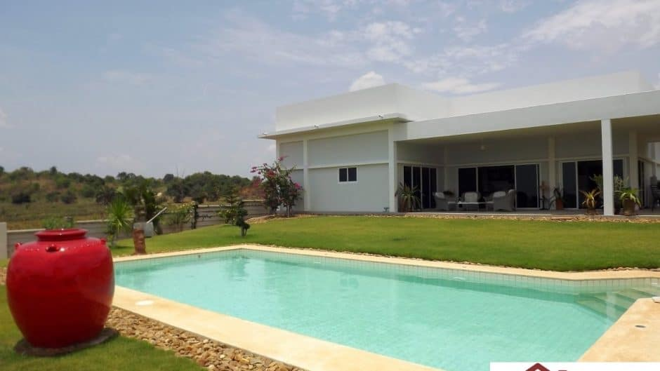 Beautiful Pranburi Mountain View 3 Bed Pool Villa