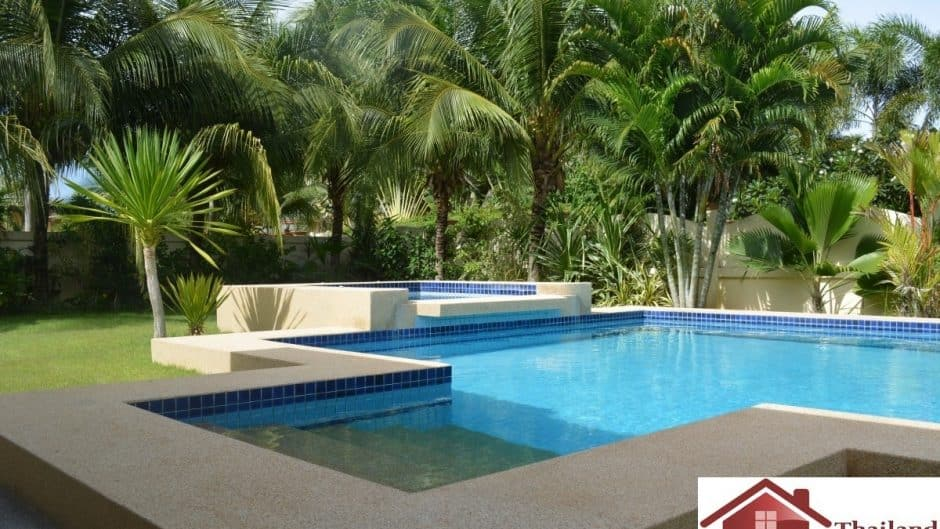 Hua Hin Pool Villa Offering 3 Bed 3 Bath
