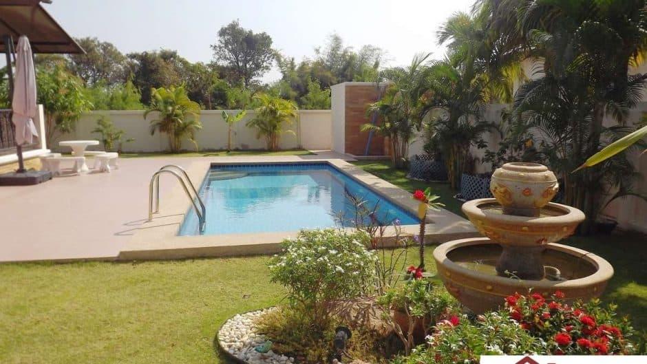 Hua Hin Private Pool Villa In An Estate