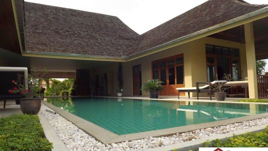 Hua Hin Resale Villa Featuring Large Outdoor Area