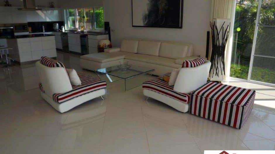 Luxury Hua Hin Development – High Quality Pool Villas