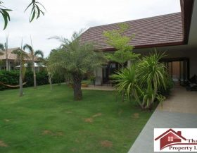 Great Value Resale Villa Near Pak Nam Pran Beach