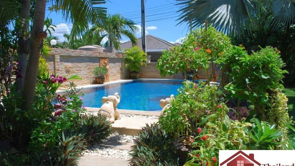 Resale Villa In Completed Development Feat. Private Pool