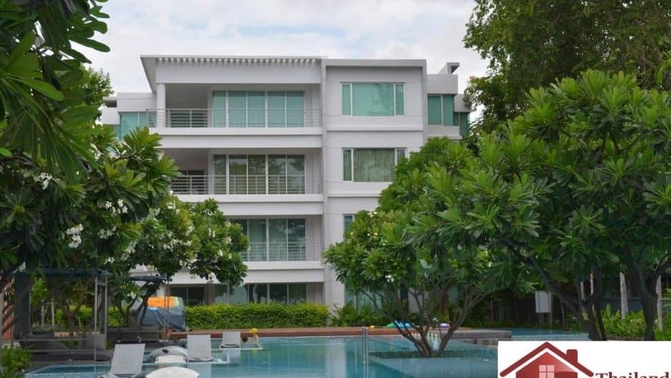 Spacious Beachfront & Sea View Penthouse Unit Hua Hin