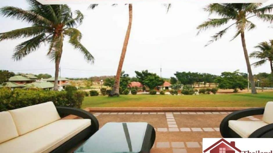 Spacious Condo For Sale At Palm Hills Golf Course