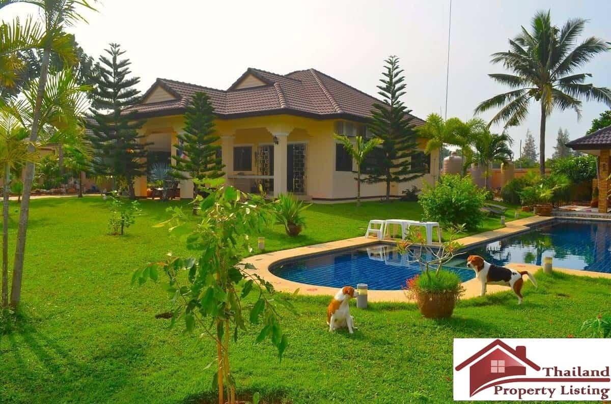 Pool Villa  Rai