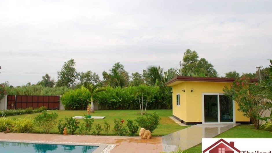 Top Quality Pool Villa In Hua Hin On A Large Plot