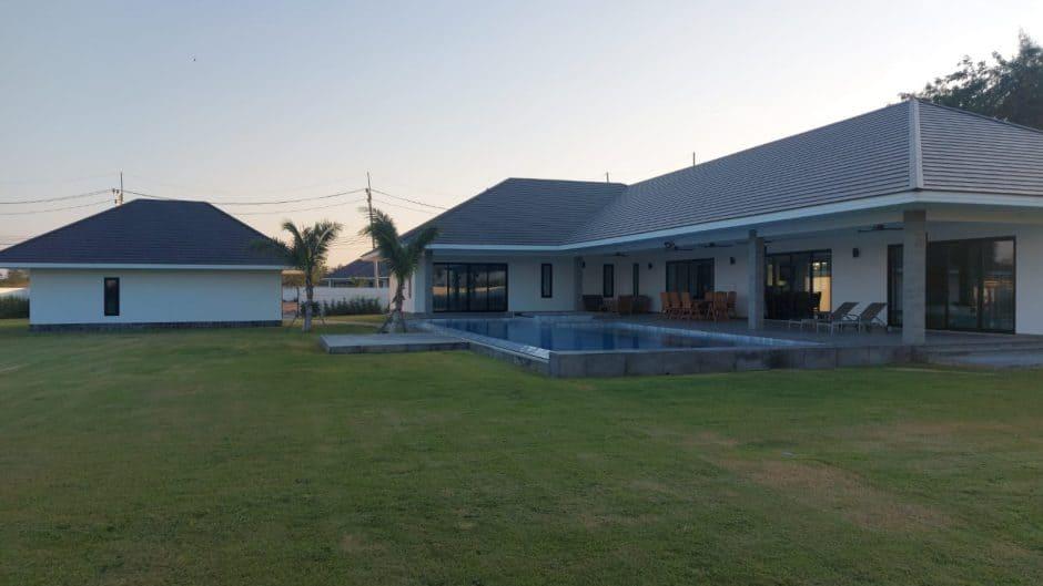 Large Pool Villa In Hua Hin Soi 112 on 58 Rai Project